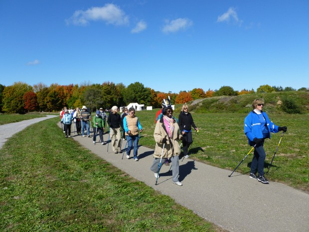 Osteo-NPWalk Niagara Oct.12.2012 026