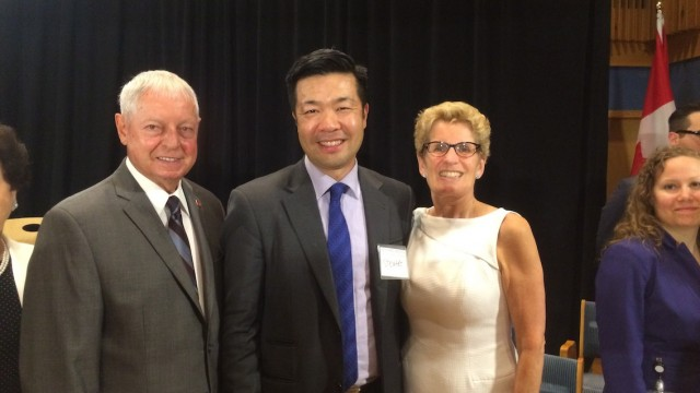 From left to right: Mario Sergio, Minister Responsible for Seniors Affairs; CARP North York Chapter Chair, Stewart Nam; Kathleen Wynne , Ontario's Premier.