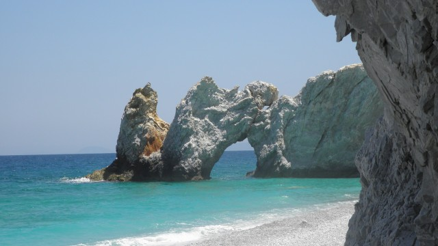 Lararia Beach, Skiathos - Turkey and Greek Islands Cruise Holidays travelogue