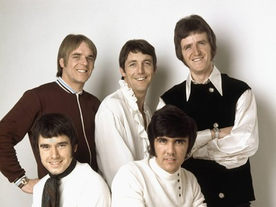 Photo of DAVE CLARK FIVE and Denis PAYTON and Lenny DAVIDSON and Rick HUXLEY and Mike SMITH and Dave CLARK