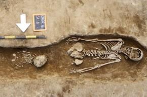 skeltons-dug up in Oxford