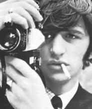 Ringo takes pictures