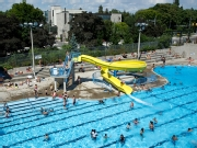 Ten Toronto Outdoor Pools Have Extended Hours Today And Tomorrow Beat The Heat Zoomer Radio
