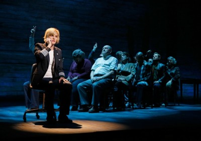 hero_comefromaway-audience