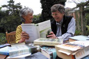 two older ladies reading